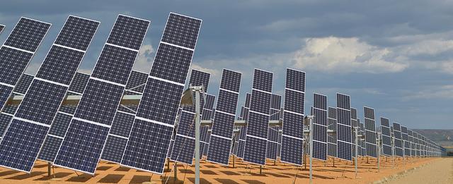 Solar Panels ©James Moran/Flickr