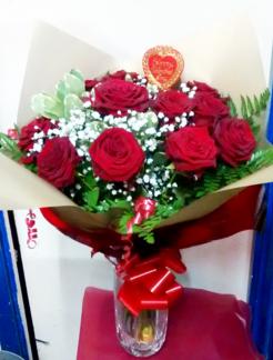 dozen-red-roses-the-little-flower-shop-bouquets-florist-london
