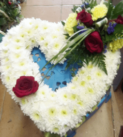 red rose and carnation funeral wreath funeral wreath - funeral flowers online_flowers online_little flower shop_florist_funeral delivery TFS-min