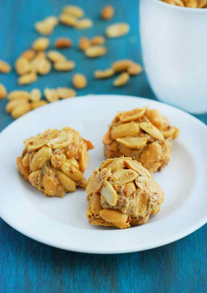 Low Carb Peanut Butter Balls - delicious, simple and nutritious.