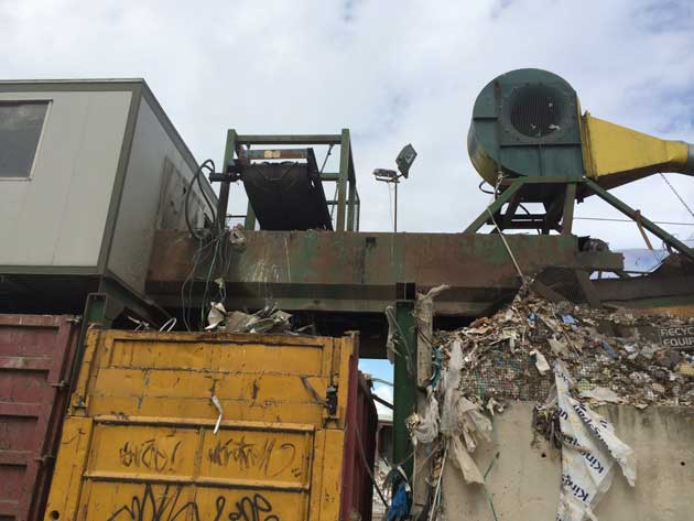 Used Picking Station for Sale - Magnet & Blower