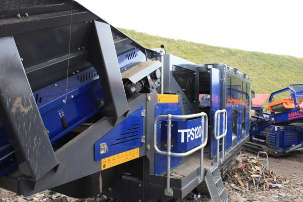 TPS120 Track Picking Station Side 600