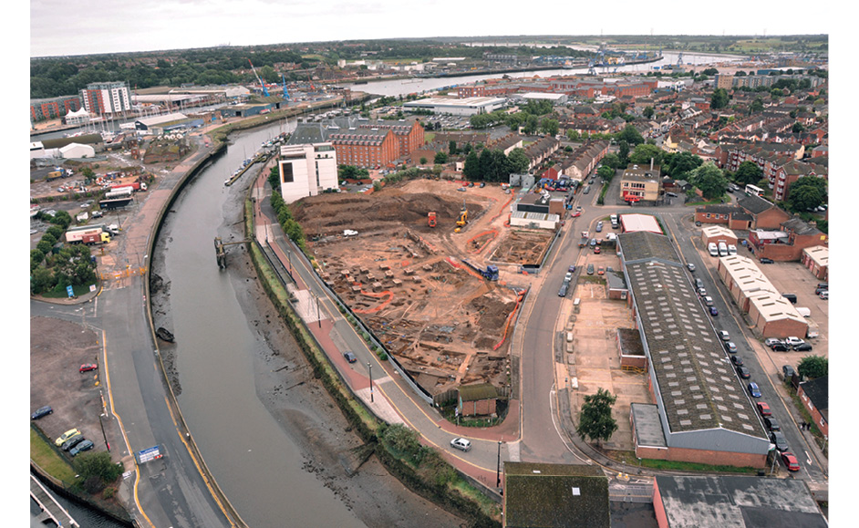 LEFT The Stoke Quay site under excavation, looking towards the south.