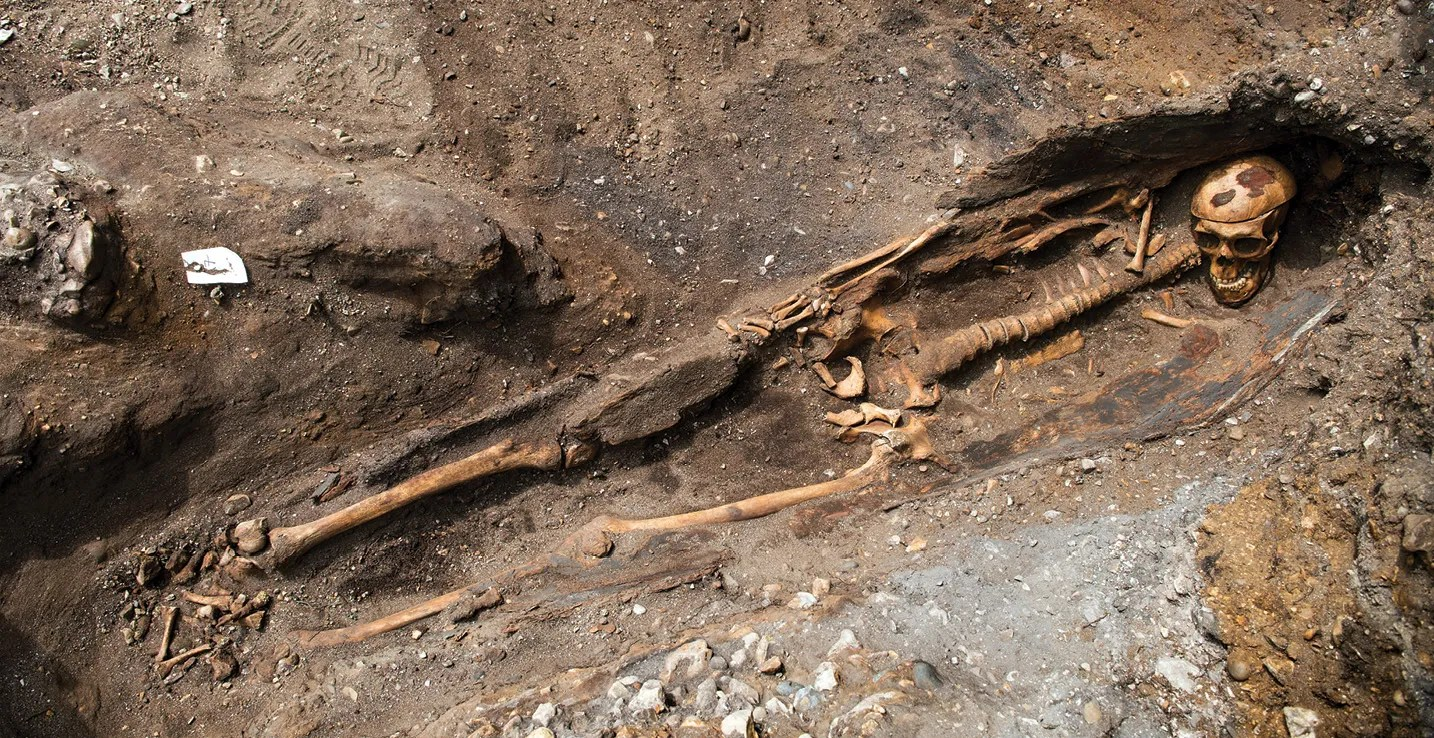 right One of the excavated individuals showed clear signs of having undergone a craniotomy, removing the top of his skull. Might this reflect his having received an autopsy?