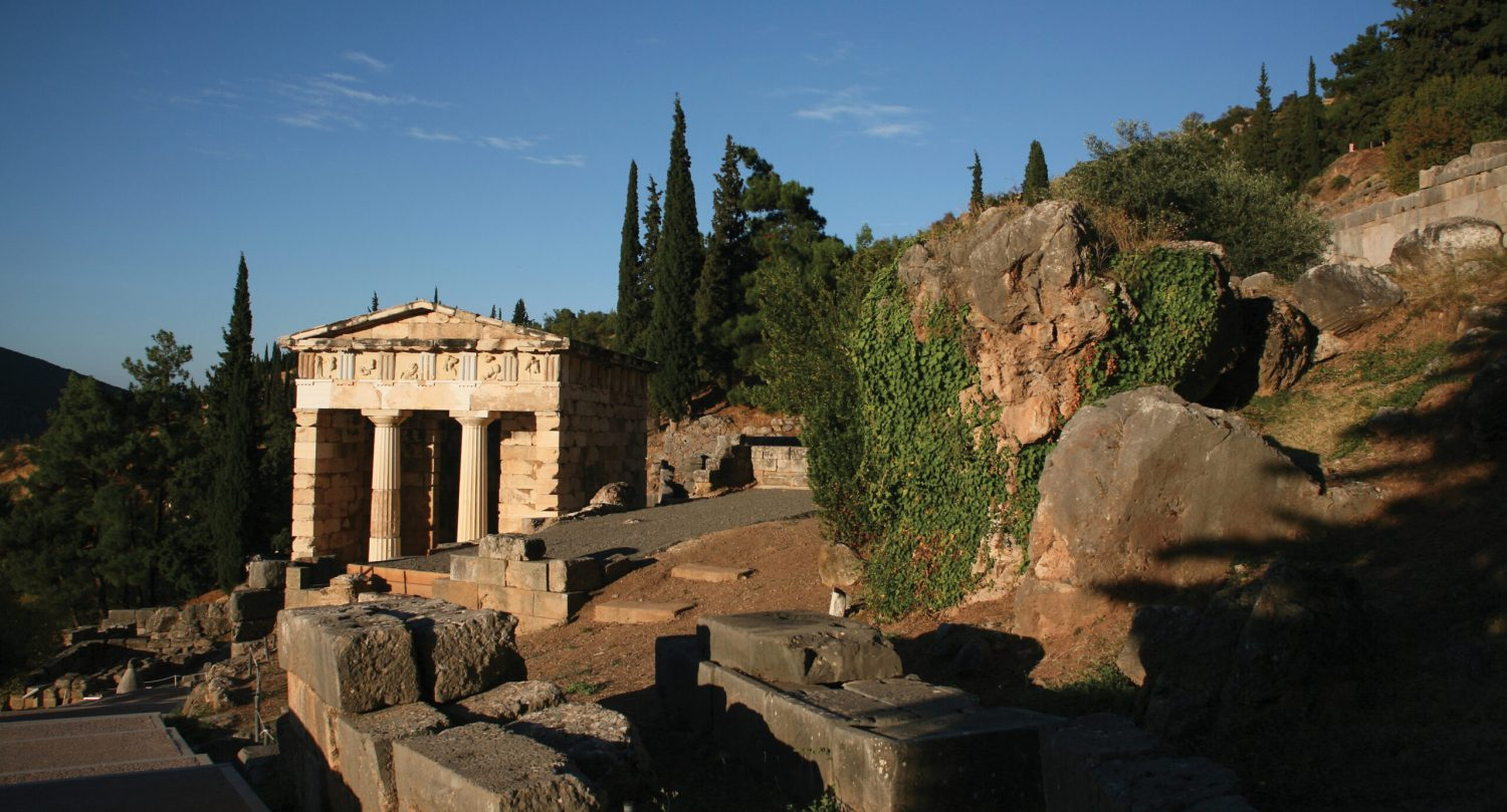 LEFT The Athenian Treasury at Delphi, built (according to Pausanias) with spoils from the Battle of Marathon.