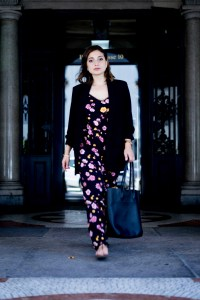 Black shopper with floral jumpsuit and sandals