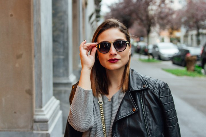 Closeup of Zürich fashion and lifestyle blogger