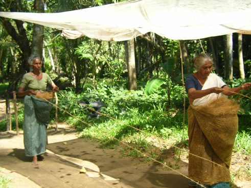 Kerala, coastal village, craftsmen, rope weaving, backwaters