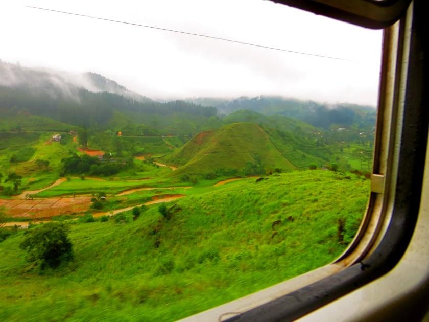 Sri Lanka hill country, Sri Lanka photos, Sri Lanka train, Kandy to Ella train