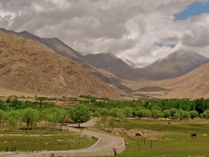 Ladakh landscape, Ladakh mountain desert, Ladakh pictures