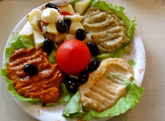 Romania vegetarian dishes, Zacusca romania
