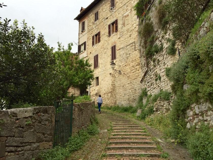 Todi, Umbria Italy, Italy travel blog, Italian people
