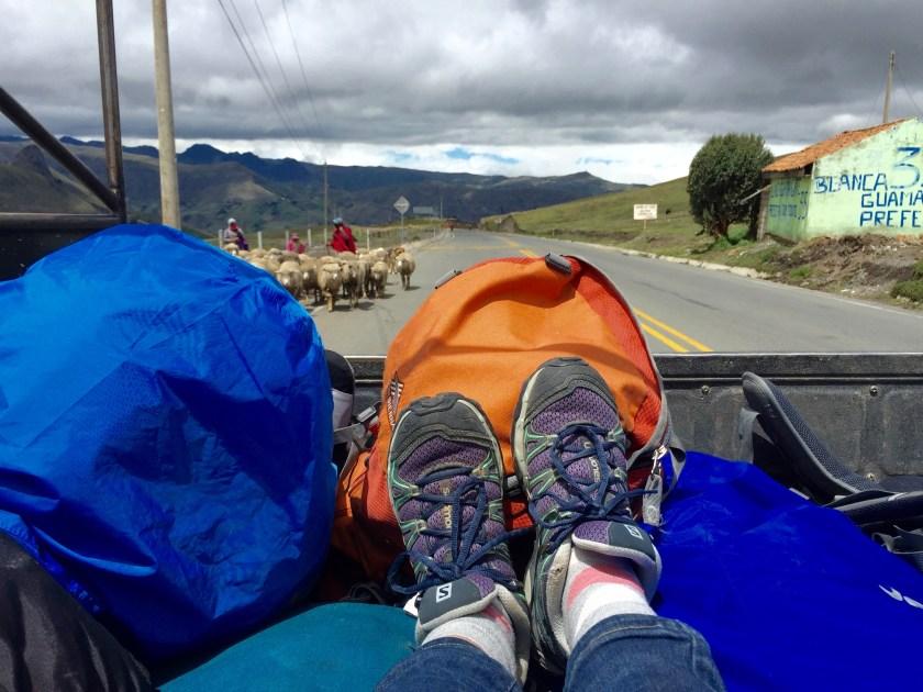 solo travel costa rica, solo travel ecuador, hitchhiking solo female traveller