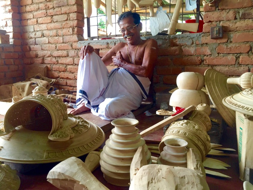 kerala craftsmen, kerala kathakali accessories, kerala like a local