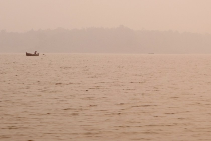 canoe safari, satpura madhya pradesh, national parks of india