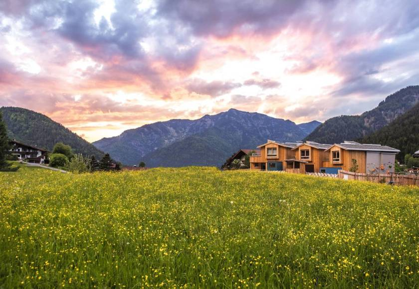 Alps airbnb, alpegg chalets, airbnb tirol austria