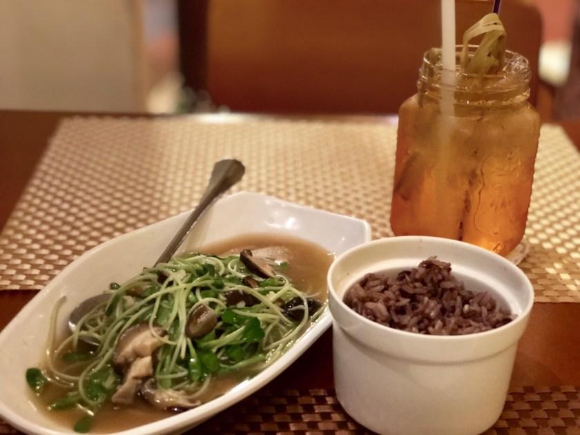 May veggie home bangkok, vegetarian restaurant bangkok, vegetarian food bangkok