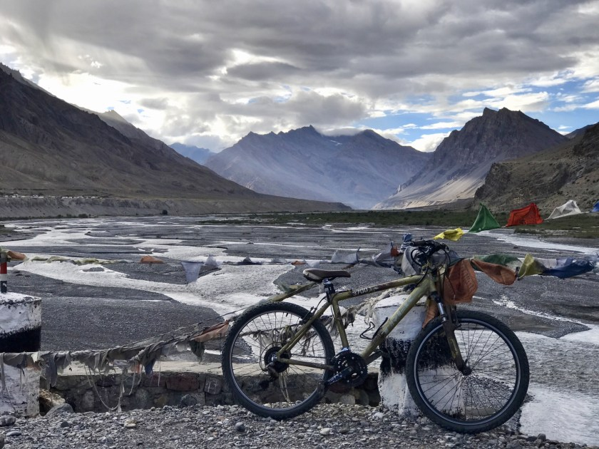 Freelancing advice, travel blogging advice, Spiti cycling