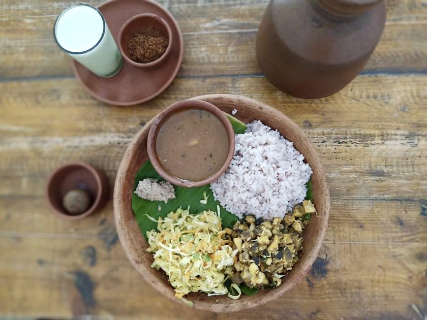 maiyam auroville, restaurants in auroville