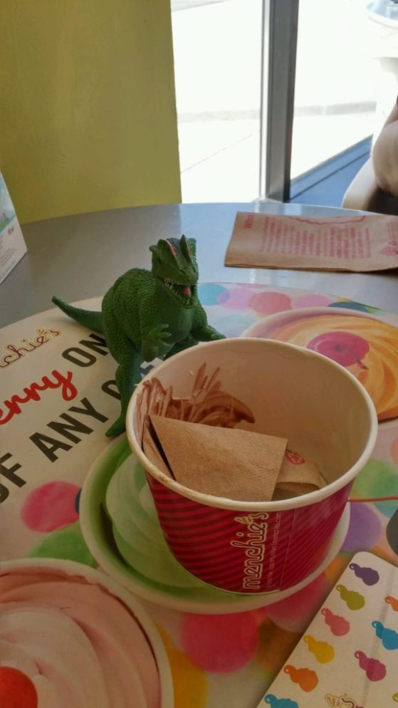 dino menchies