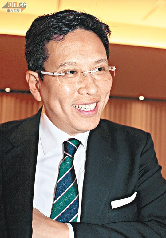 政壇:鄭承隆五千元息車牌風波 - 太陽報