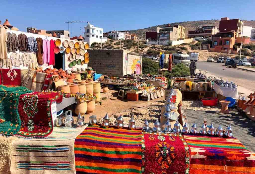 Imsouane - The tourist souvenir souq - Moroccan carpets, teapots