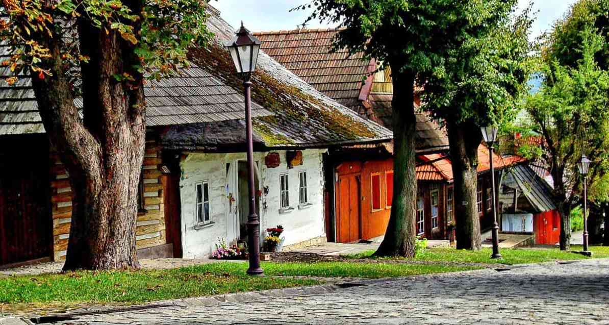 things to do in krakow - day trip out of krakow - Lanckorona