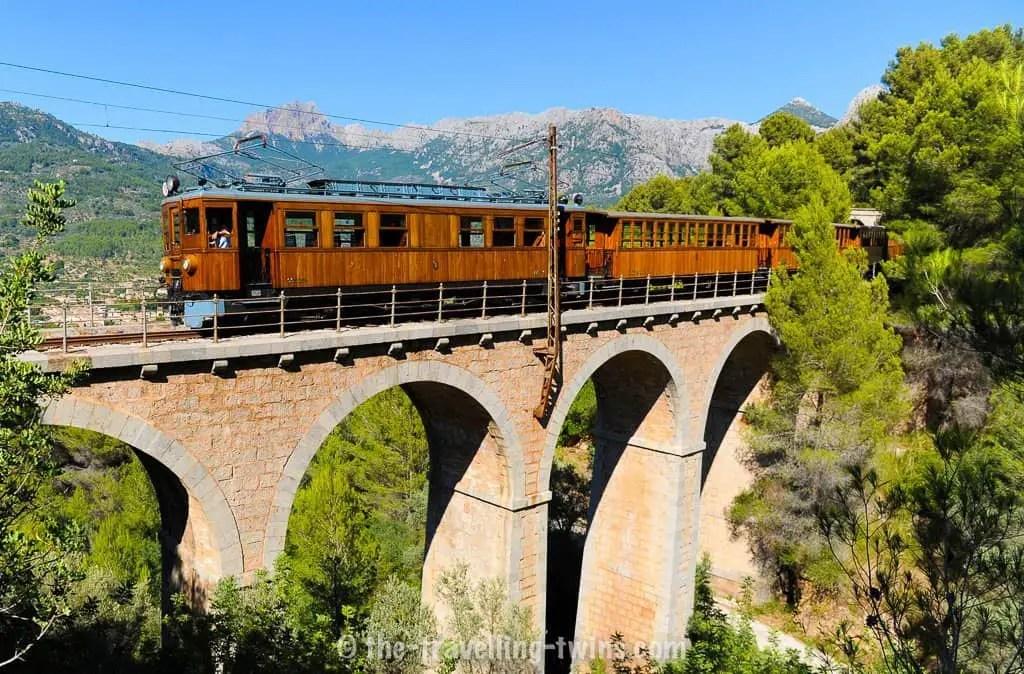 tren de soller - things to do in majorca