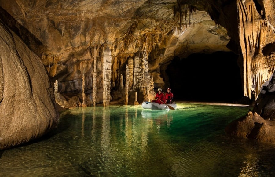 amazing caves, slove