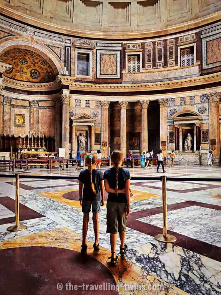 rome with kids - Pantheon, kids in rome