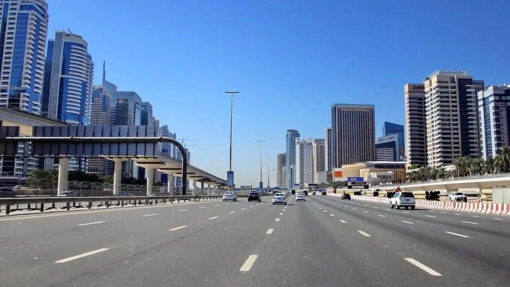 Dubai, abu dhabi, road trip from, get to dubai,