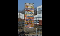 """<h5>Teltower Damm</h5><p>Teltower Damm <strong>John F. Kennedy School</strong> © <a href=""""http://jfks.de"""" target=""""_blank"""">John F. Kennedy School Berlin</a><br>Datum der Aufnahme: 2018                                                                                                                                                                                                            </p>"""