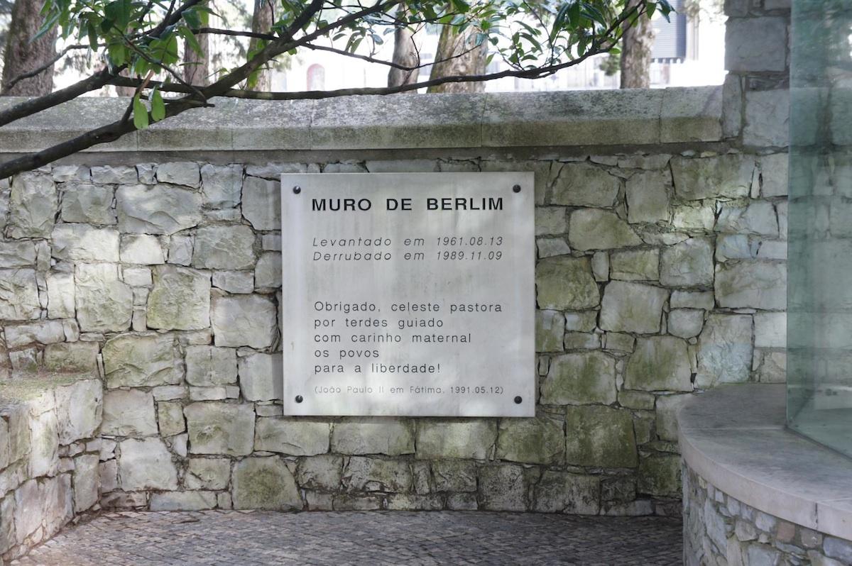 Berliner Mauer in Fatima