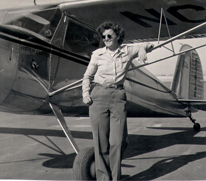 Lois Brooks working for local El Paso Flight school, 1946