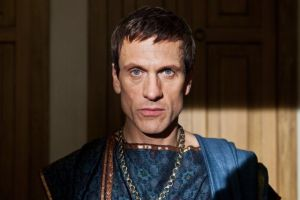 "Simon Merrells Cast In Amazon's ""Lord Of The Rings""! 1"