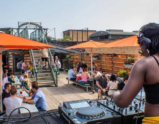 12 Boozy Beer Gardens In Leeds To Enjoy This Summer