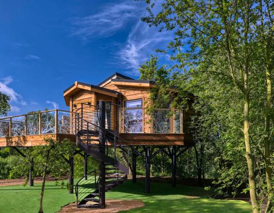 This Hidden Treehouse Cabin In Yorkshire Wolds Is The Perfect Romantic Retreat