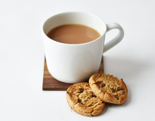 Putting The Milk In First Makes Your Brew More Tasty, A Professor Claims