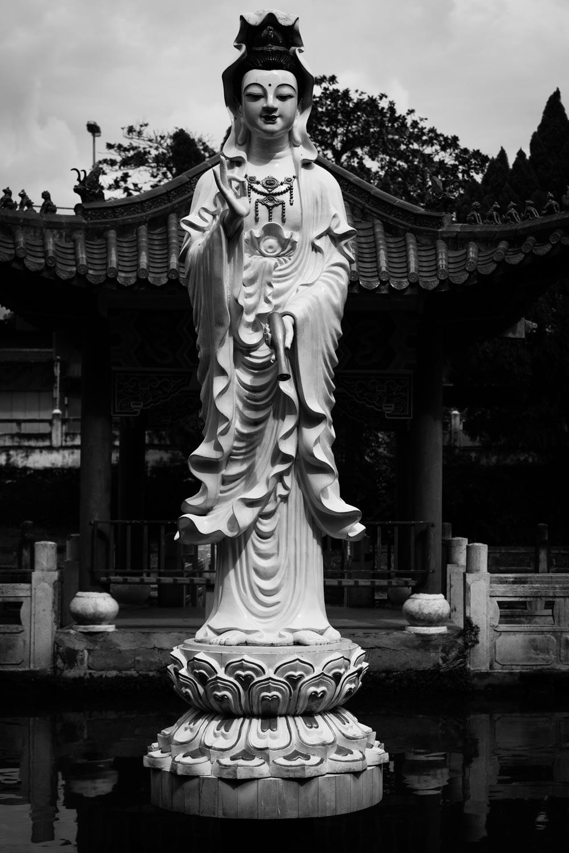 Gua Yin Perak Tong Cave Temple