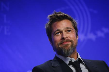 Actor Brad Pitt speaks during a panel discussion about rebuilding New Orleans, at the Clinton Global Initiative, in New York, September 24, 2009. About 1,200 participants including heads of state, business leaders, humanitarians and celebrities will attend the fifth annual Clinton Global Initiative (CGI) which started on Tuesday.