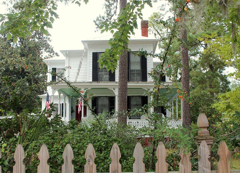 historic home in Guyton Georgia