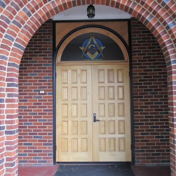 Mason Lodge arched entry