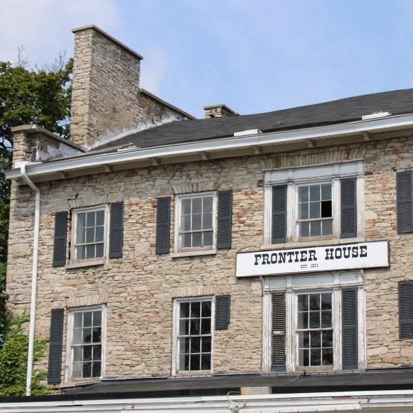 Frontier house Lewiston