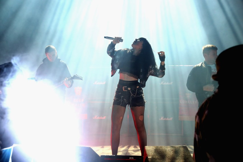 """LOS ANGELES, CA - NOVEMBER 10: Singer Alexis Krauss of Sleigh Bells performs onstage at MTV's """"Wonderland"""" LIVE Show on November 10, 2016 in Los Angeles, California. (Photo by Randy Shropshire/Getty Images for MTV) *** Local Caption *** Alexis Krauss"""