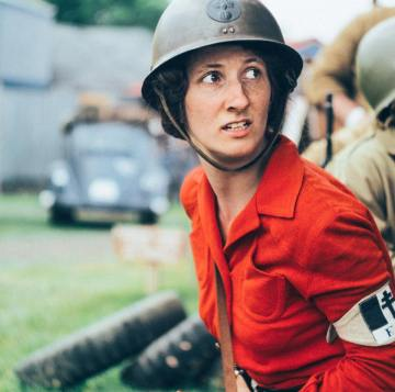 A female soldier in the French forces prepares to take the German threat on with a handful of her compatriots. Credit: Melanie Krahling.