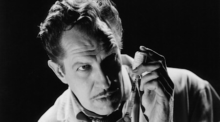 Vincent Price The Best Movies Of The Horror Icon The Abominable Dr Welsh