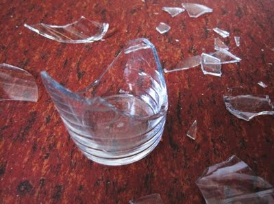 broken-drinking-glass