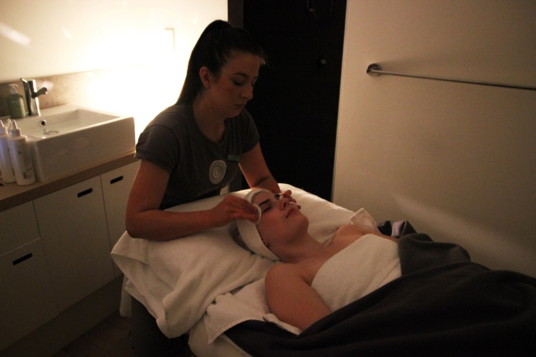 Kristen getting the Light Therapy treatment at Endota Spa Norwood
