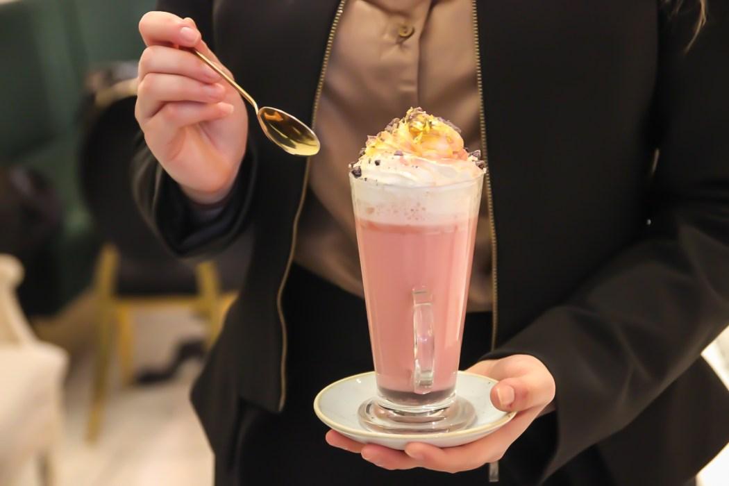 gold hot chocolate saint aymes