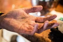 giau-hands-1